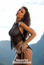 Emily-Ratajkowski-for-Sports-Illustrated-Swimsuit-Edition-2014xl
