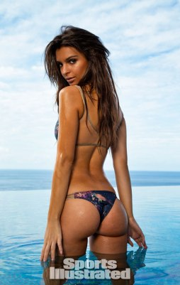 Emily-Ratajkowski-for-Sports-Illustrated-Swimsuit-Edition-2014xn